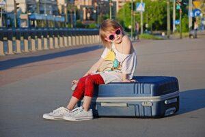 Strapabíró keményfedeles bőrönd